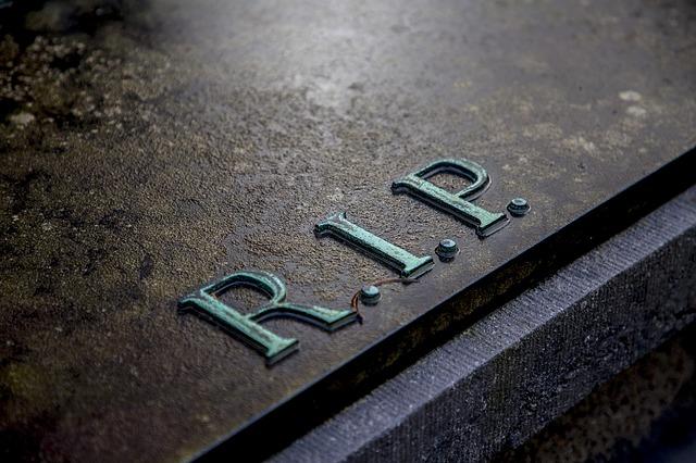 grave-2036220_640